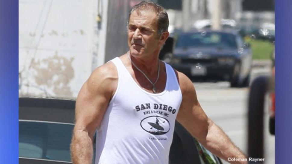 mel gibson pumps up inside edition