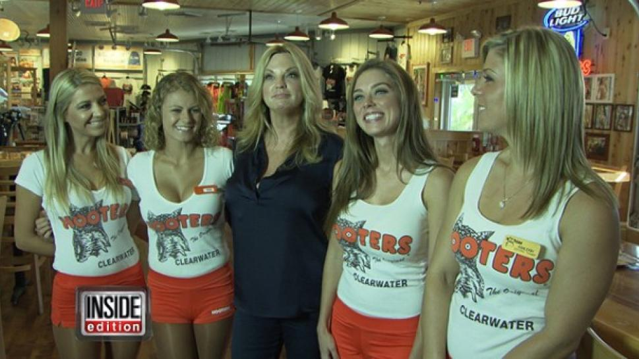 Hooters girls orange shorts agree, amusing