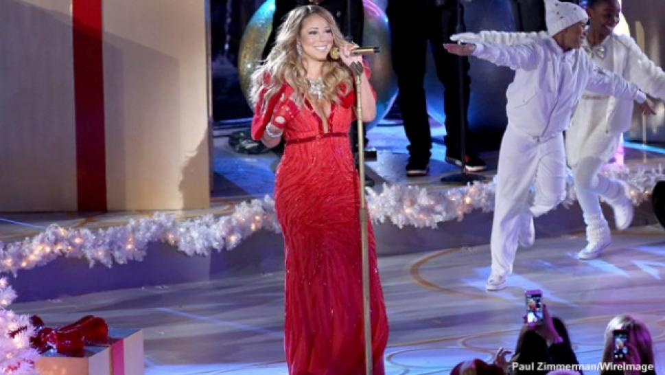 mariah carey gets lump of coal for live christmas performance