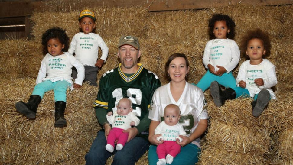 Couple Has 3 Sets of Twins All Born on the Same Day: 'What Are the