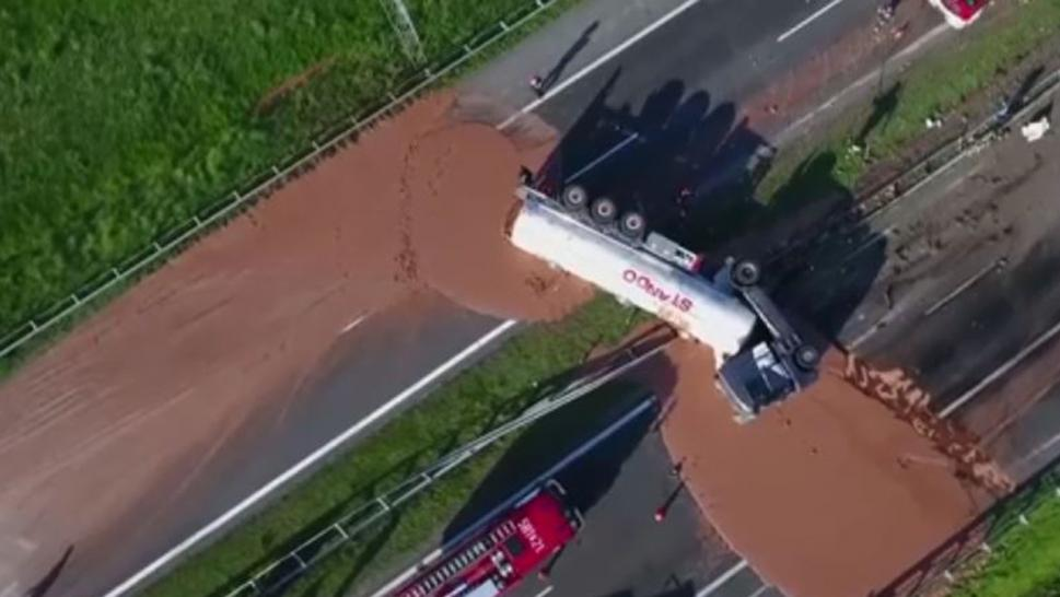 Liquid chocolate spill turns highway into sticky disaster