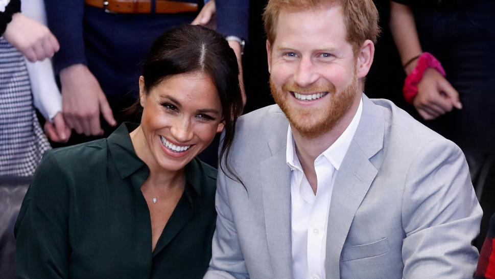 Kensington palace announces Meghan Markle pregnant