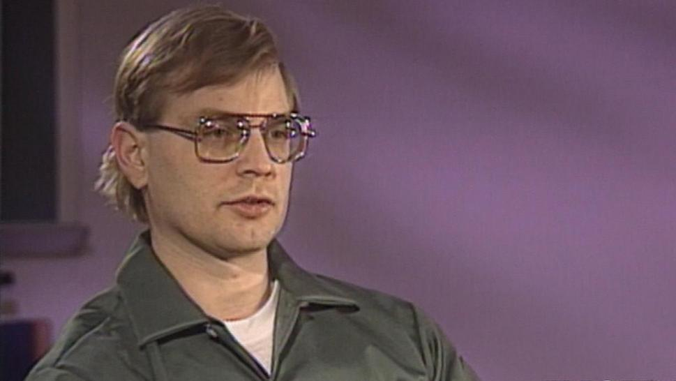 Jeffrey Dahmer speaks to Inside Edition in 1993.