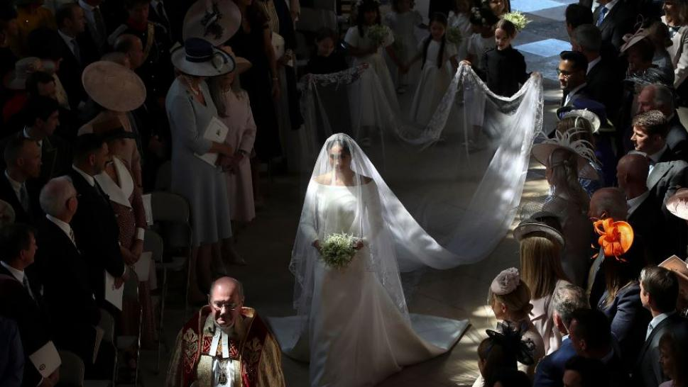 Meghan Markle weds Prince Harry.