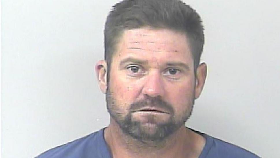 Florida Man Released From Jail Goes Right Back After Allegedly Burglarizing Cars in the Parking Lot