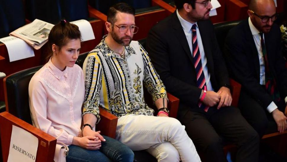 Amanda Knox wants donations for her wedding.