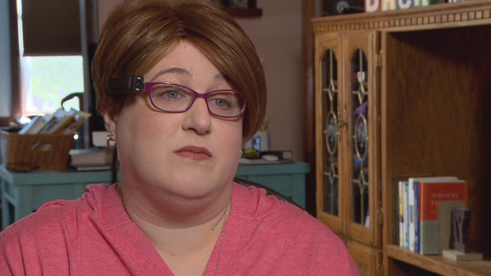 When Holly Bonner, 39, lost her vision in 2012, she was devastated. She says the OrCam MyEye helped her reclaim her independence.