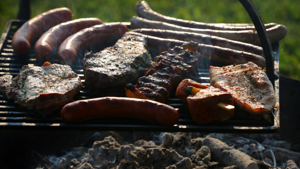Meat Sweats: Vegan Takes Neighbor to Court Over BBQ Smells