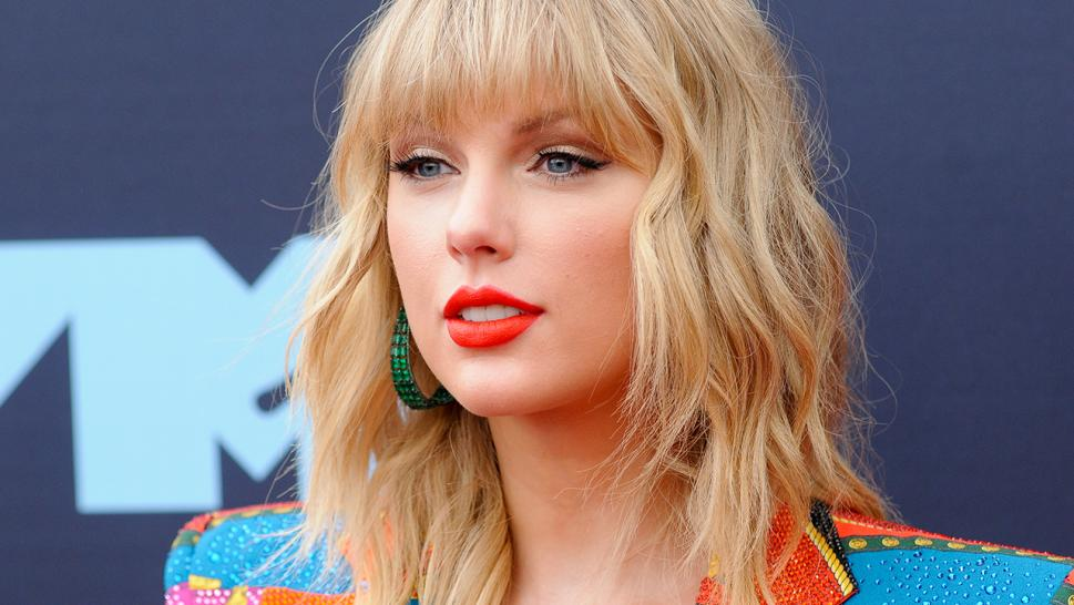 When Taylor Swift reached out to rent David Aldea's stunning New York townhouse, he had one question: Who is she?