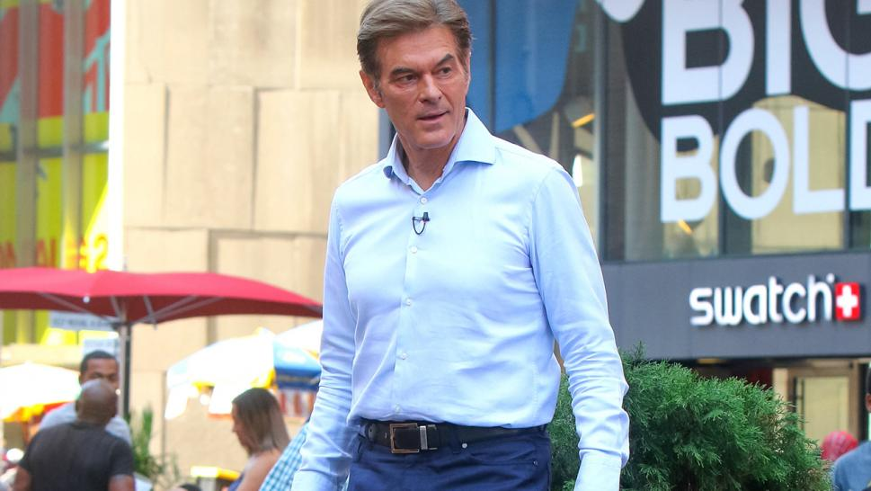 Dr. Mehmet Oz has revealed that his mother has Alzheimer's disease.