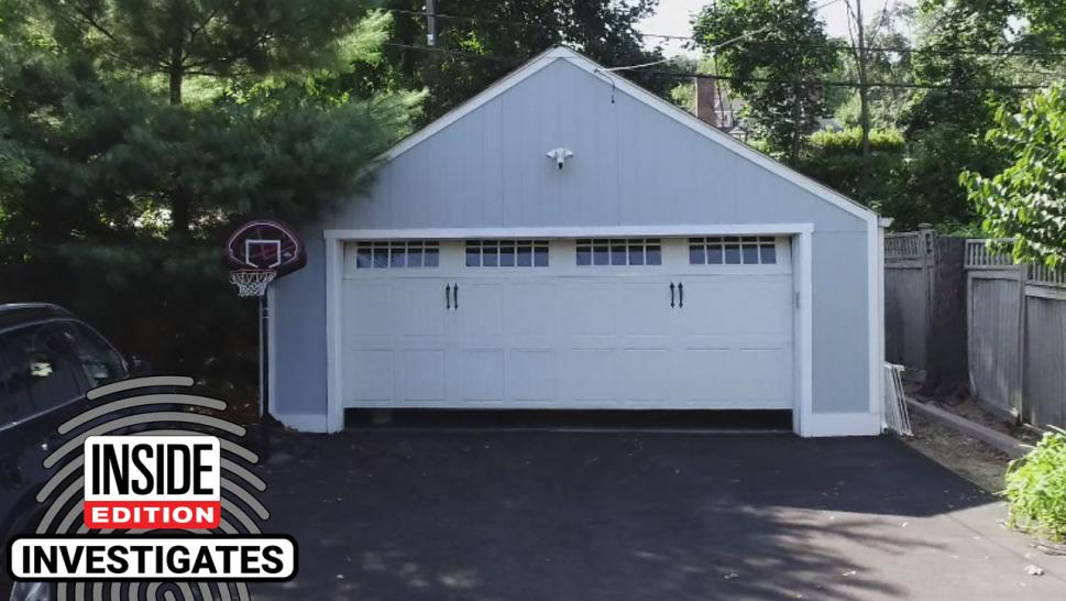 Will Garage Door Repairmen Be Able to Find a Simple Fix? Inside Edition Puts Them to the Test