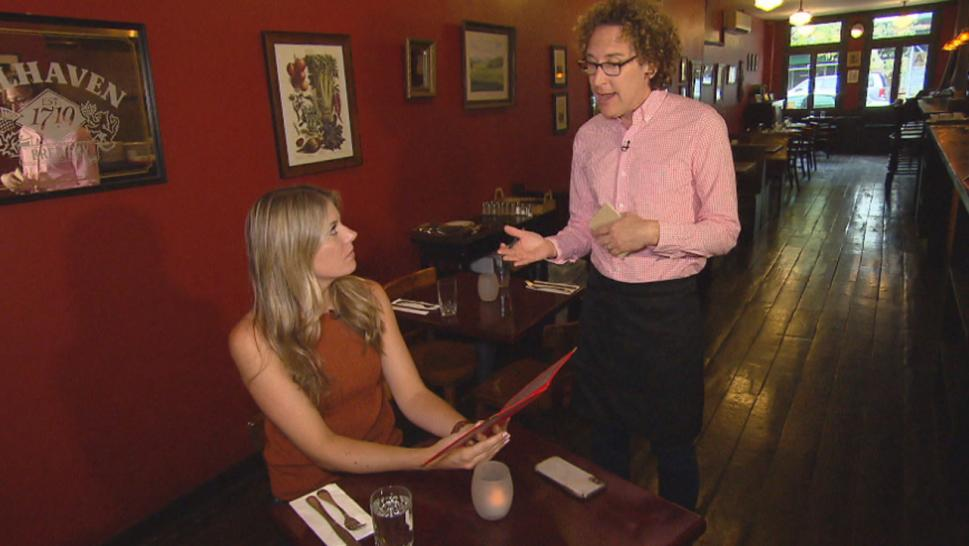 Inside Edition spoke to Darron Cardoza to learn his tips for getting better service at restaurants.