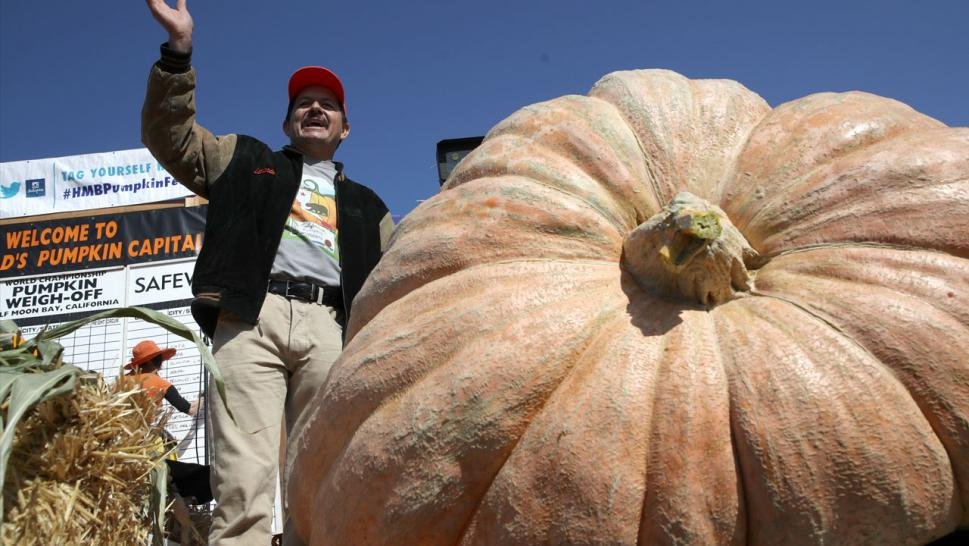 Farmer Breaks California Record After Growing 2-Ton Pumpkin