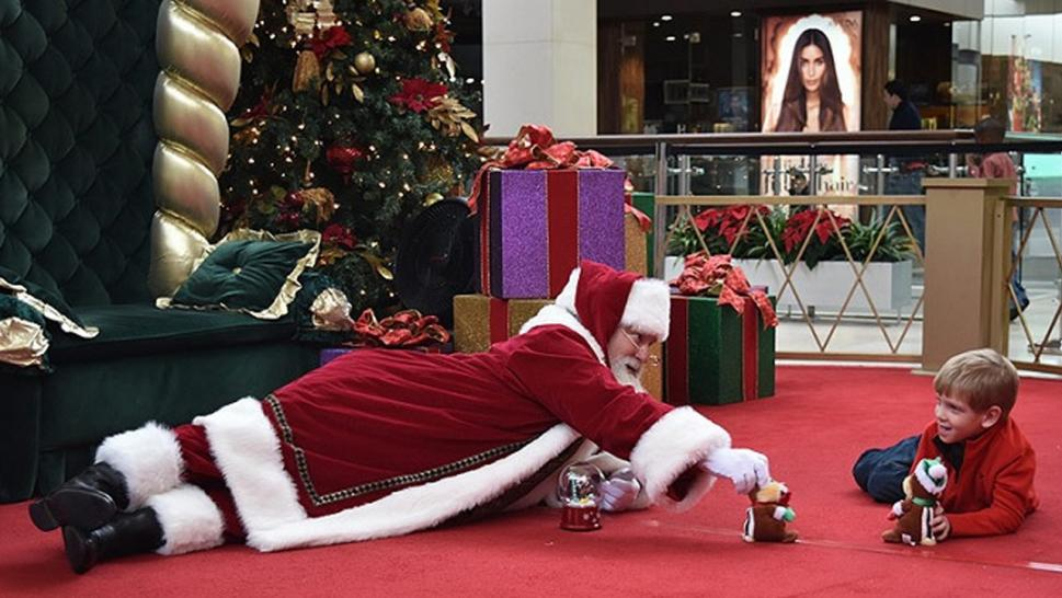 Kids with autism get the chance to visit with Santa