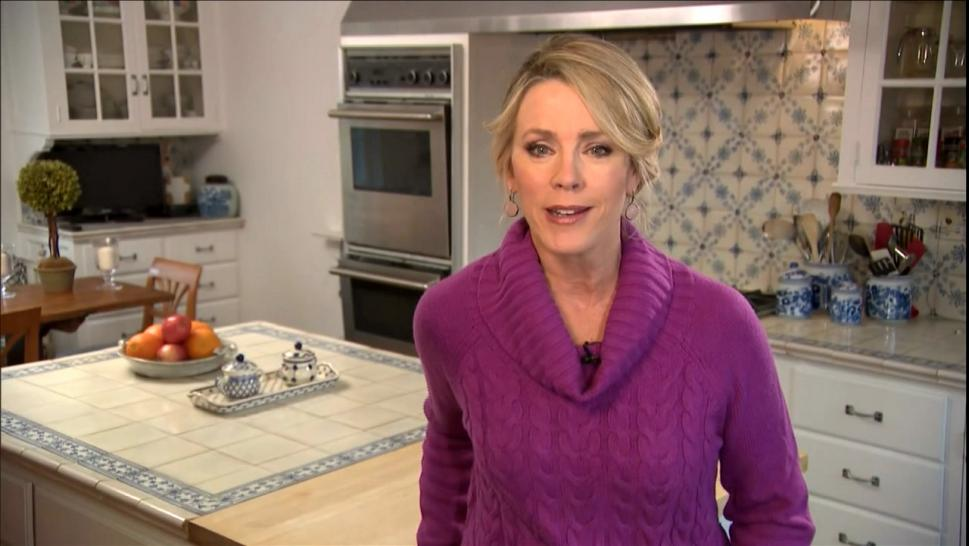 Deborah Norville anchored Thursday's episode of Inside Edition from her kitchen.