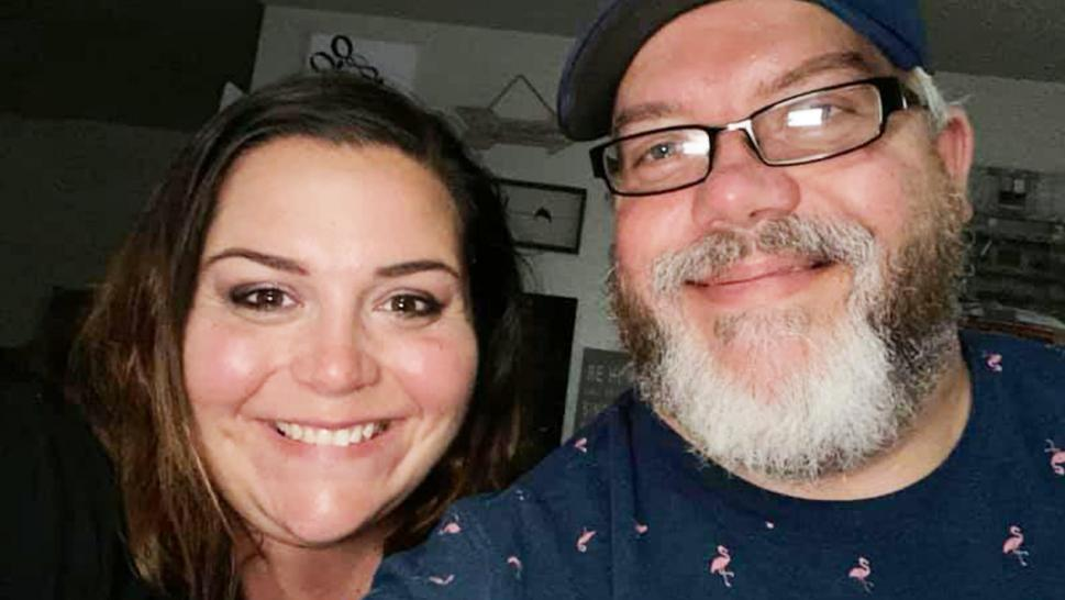 "Kris and Brandy Houser had been married for 21 years when they were forced to say their final ""I love you"" through a window."