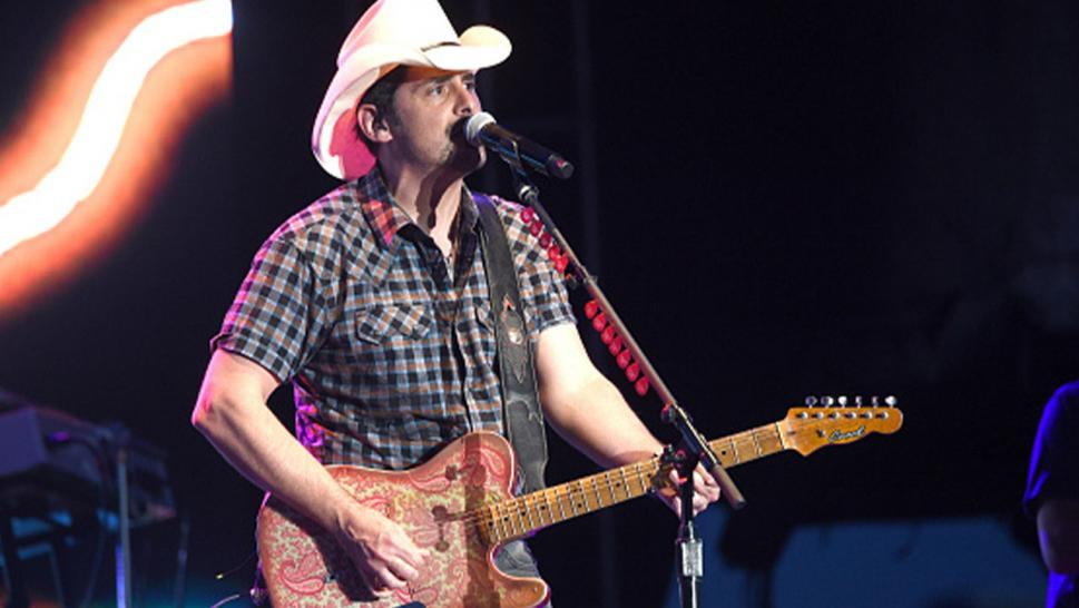 Country music star Brad Paisley gifts guitar to fellow Tennessean