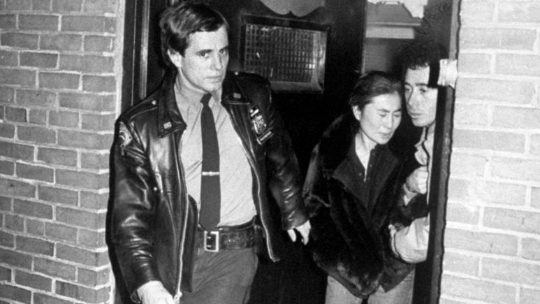 Cops And Surgeon Who Tried To Save John Lennon S Life Recall Night Of Bedlam Nearly 40 Years Later Inside Edition