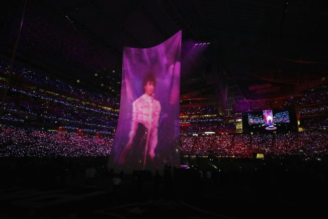 Prince tribute at the Super Bowl.