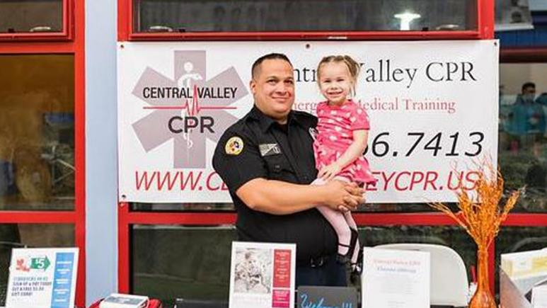 Chris Pietroforte taught his 2-year-old daughter, Saige, how to do CPR.