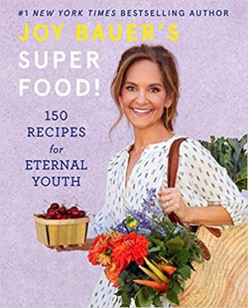 The 150 recipes in Joy Bauer's Superfood! include everything from Buffalo wings to deep-dish pizza to salted caramel milkshakes to loaded nachos… and so much more.