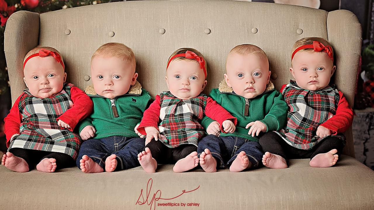 6 Month Old Quintuplets Dazzle In Cute Christmas Card