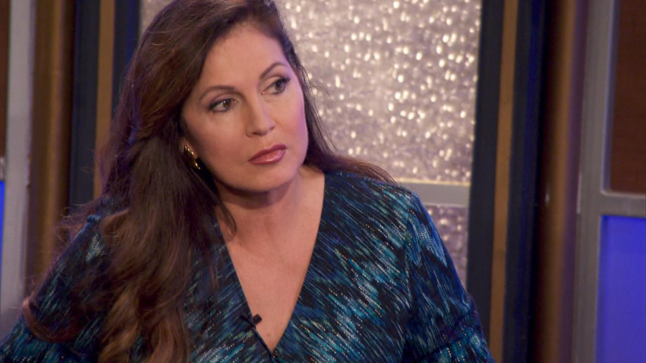 Inside Edition S Lisa Guerrero Gets Ready For Her Close Up In T Cbs