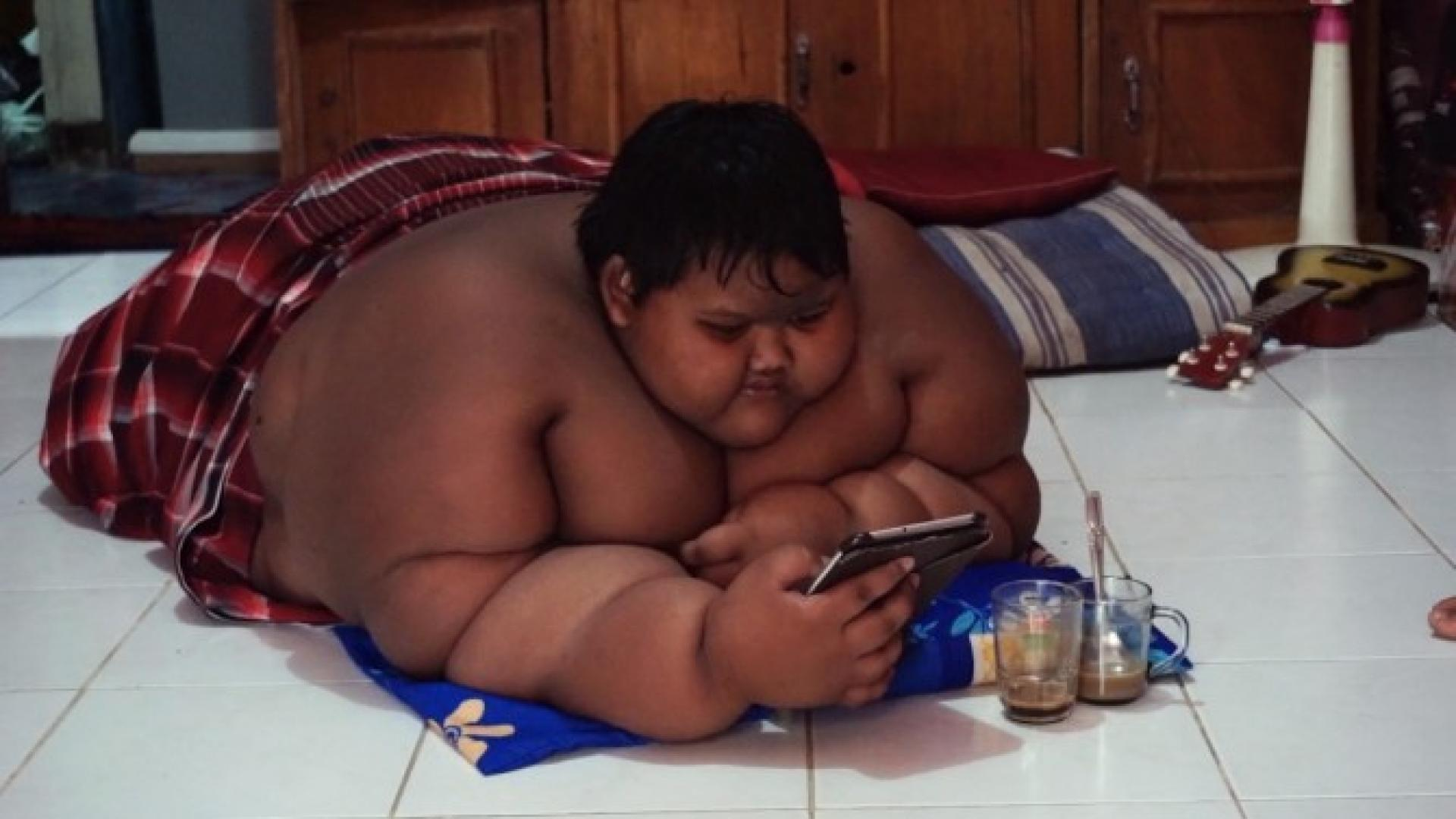 Morbidly Obese 10 Year Old Boy Weighs 423 Pounds Dreams Of Becoming Thin Inside Edition