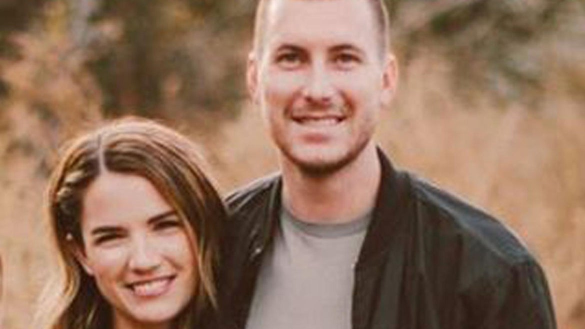Kayla Stoecklein wrote a touching tribute to her husband Andrew Stoecklein after his death.
