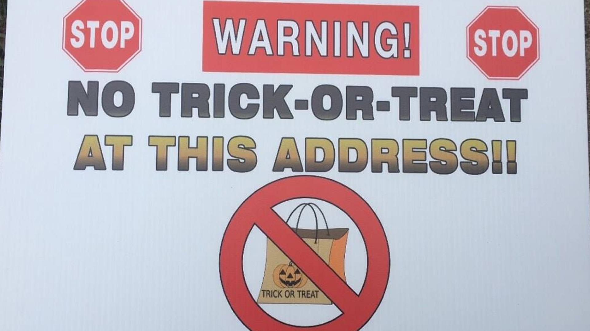 No trick or treat signs
