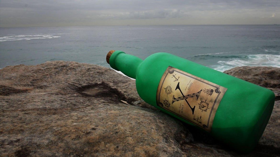 Texas Couple Finds 57-Year-Old Message in a Bottle