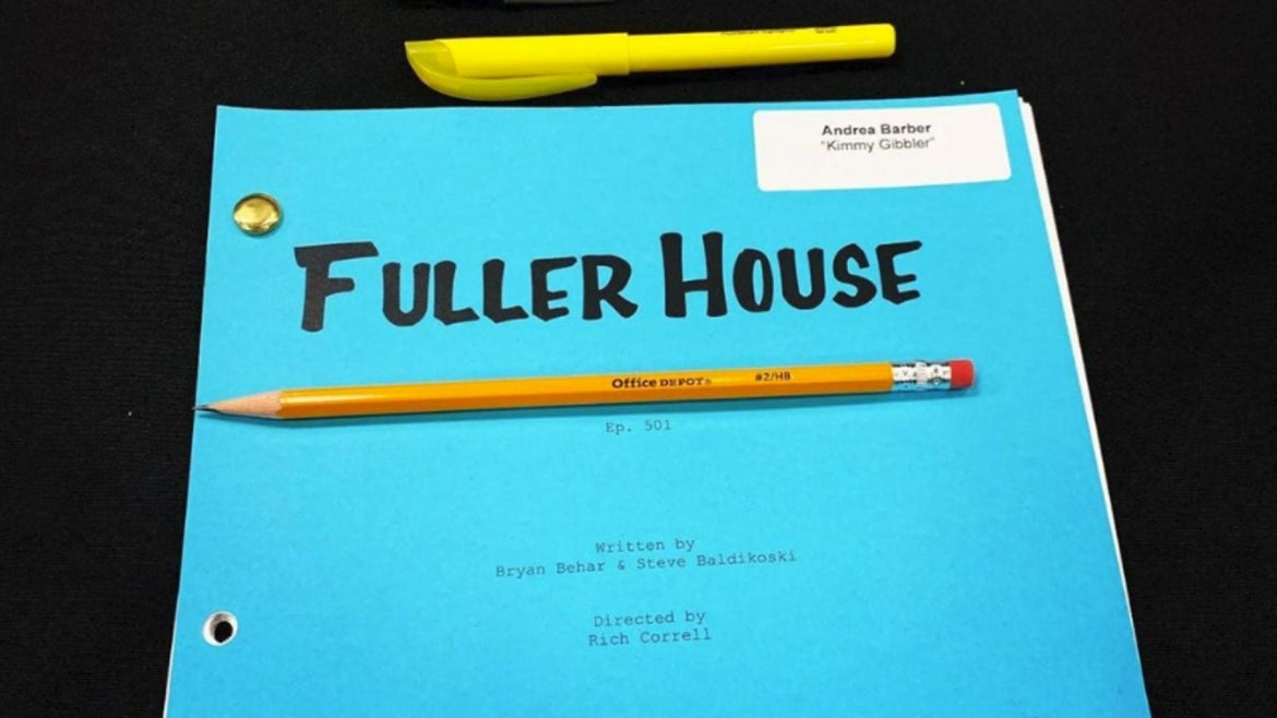 """The cast of """"Fuller House"""" had their first table read for their final season, without Lori Loughlin."""
