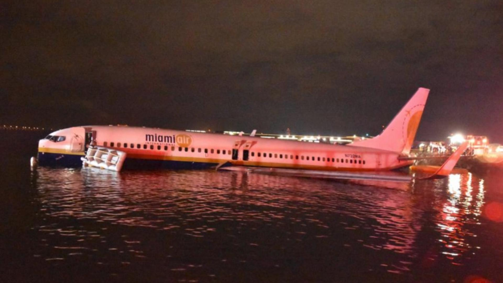 A plane crashed into the river in Florida on Friday night.