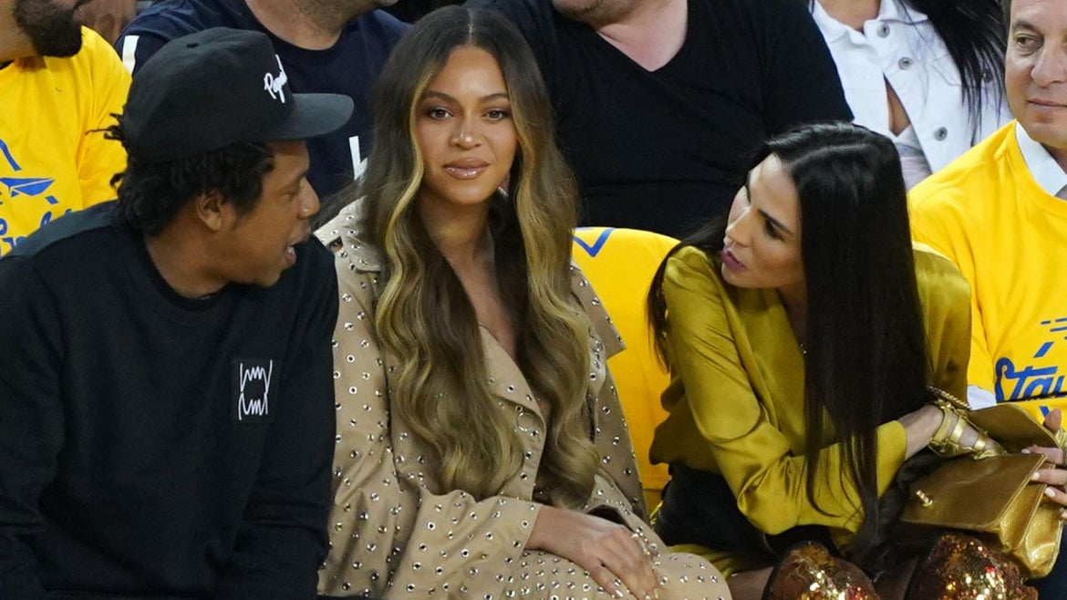Beyonce's Publicist Asking BeyHive to Calm Down After Allegedly Delivering Death Threats