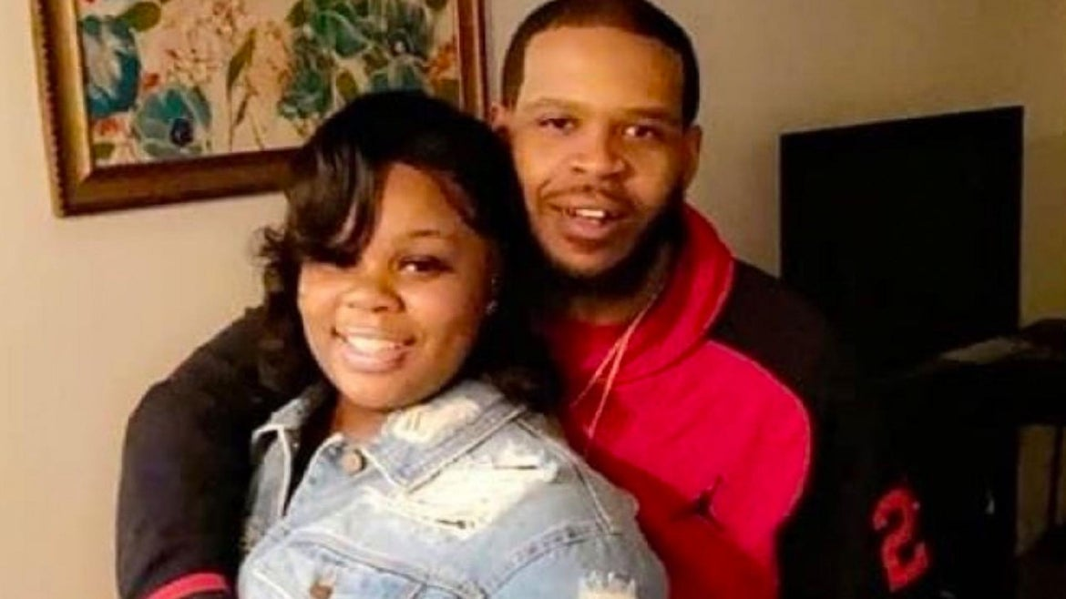 Kenneth Walker, the boyfriend of late 26-year-old Breonna Taylor saw his case dropped by a Louisville judge Friday after he was charged with attempted murder following the shooting at their apartment March 13.