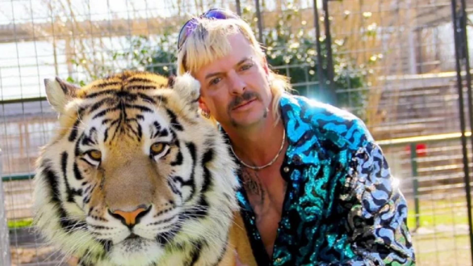 Zoo once owned by 'Tiger King' permanently closed.