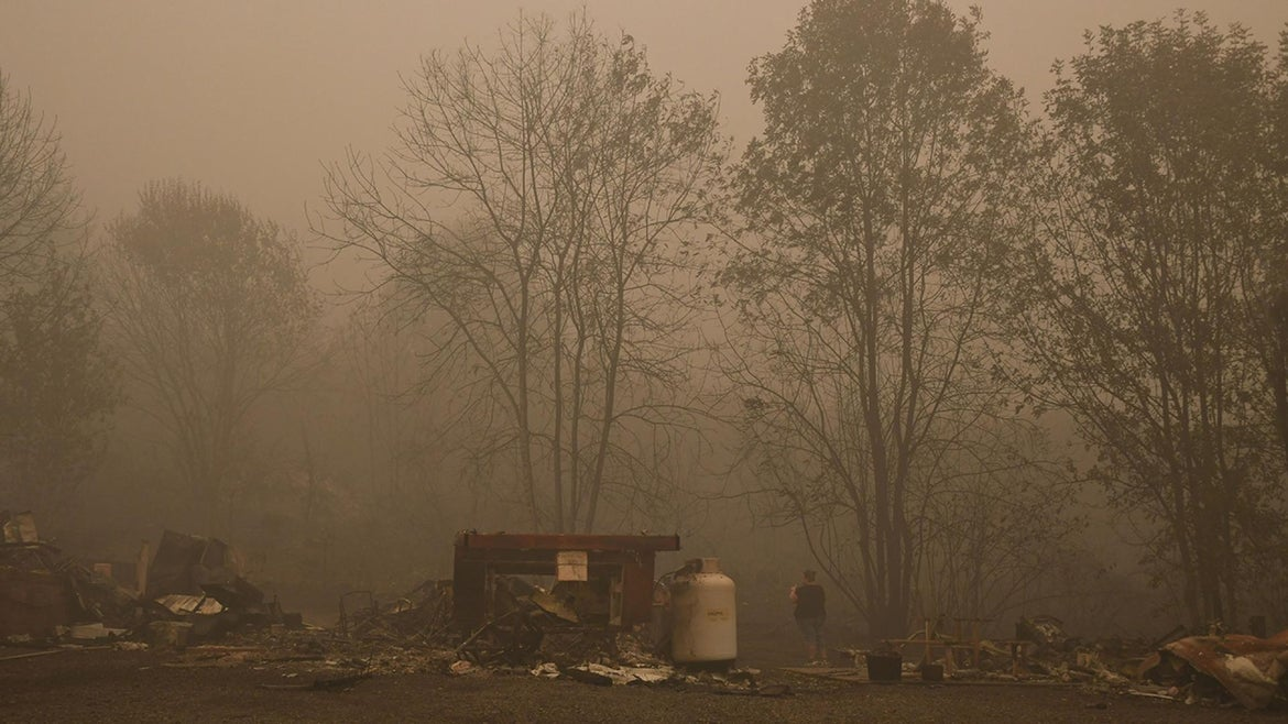 Remains of a mobile home are seen after a wildfire sweep through an R.V. park destroying multiple homes in Estacada, Oregon September 12, 2020. - US officials girded today for the possibility of mass fatalities from raging wildfires up and down the West Coast, as evacuees recounted the pain of leaving everything behind in the face of fast-moving flames. Dense smog from US wildfires that have burnt nearly five million acres and killed 27 people smothered the West Coast on September 12.