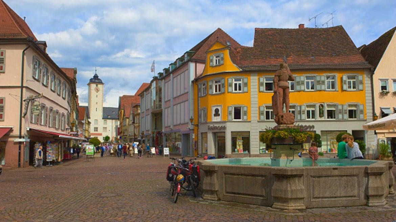 Bad Mergentheim, Market Square, Deutschordenschloss in the background, Germany