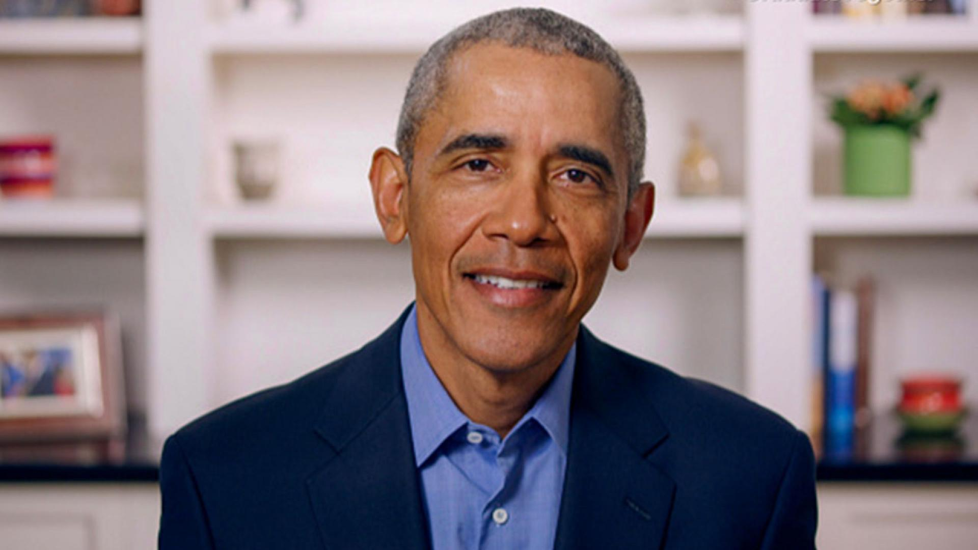 Former President Barack Obama makes a surprise virtual visit with high school students in Chicago