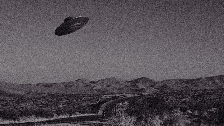 UFO over Mojave Desert, California, USA