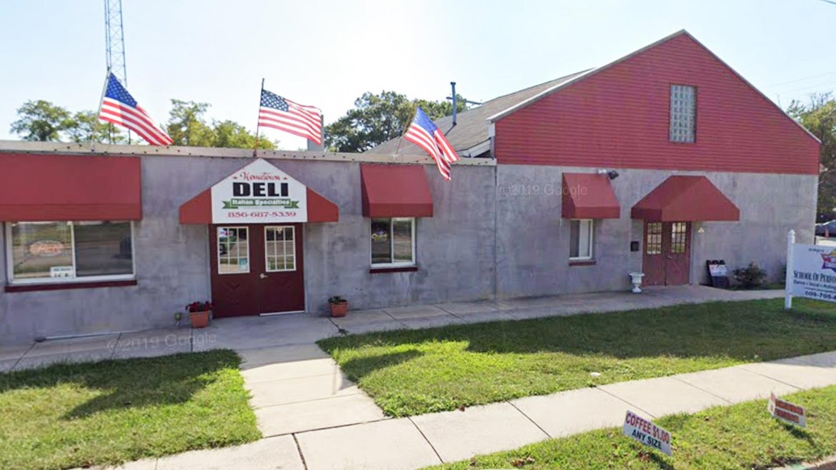 Many top investors are stumped as to how this modest deli in New Jersey, Your Hometown Deli, is valued at $100 million.