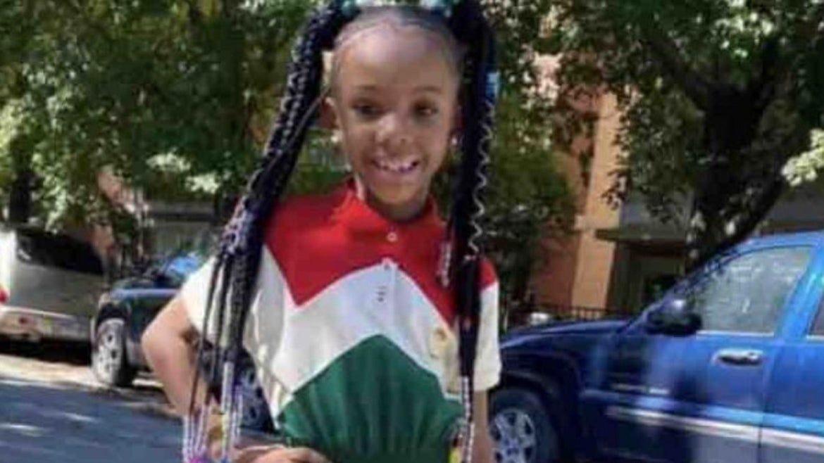 A father and his 7-year-old daughter were both shot while at a McDonald'sdrive-thru in Chicago over the weekend.