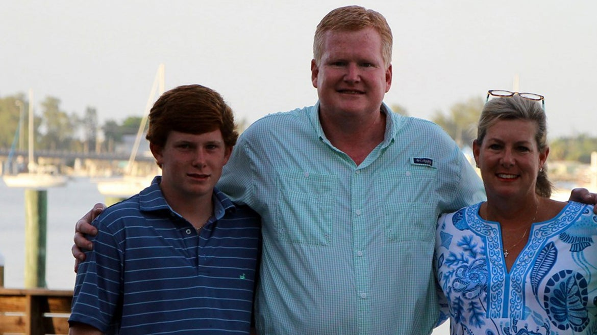 Paul (left) and Maggie Murduagh (right) were found slain at their South Carolina property by father Alex Murdaugh (middle).