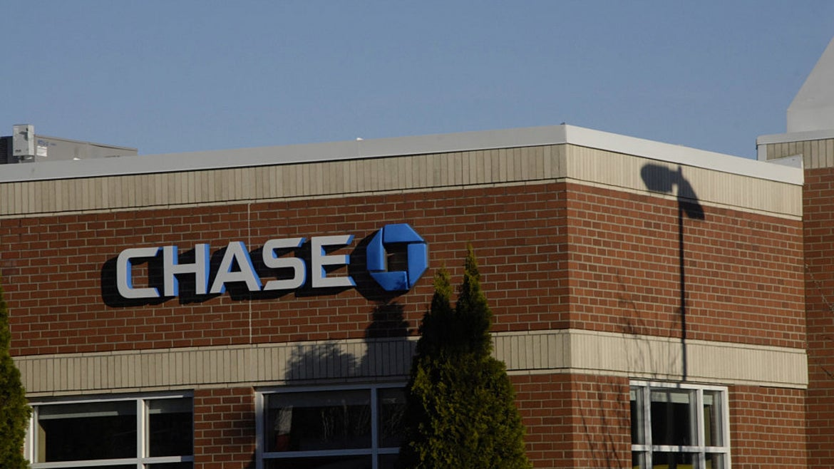 Outside view of a Chase Bank