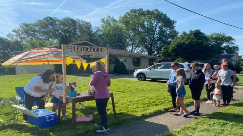 Lemonade stand benefits special needs playground in Ohio.