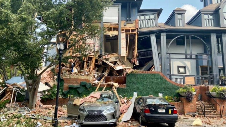 4 People were hurt in massive Georgia apartment explosion.